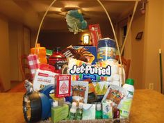 Camping Basket I'd add tent or sleeping bags Camping Gift Baskets, Raffle Baskets, Creative Gift Baskets, Creative Gifts, Silent Auction Baskets, Diy Gifts, Tent, Sleeping Bags, Basket Ideas
