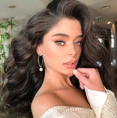 10 Ultimate Summer Makeup Trends That Are Hotter Than The Summer Days - Style Tips Natural Wedding Makeup, Bridal Makeup, Natural Makeup, Natural Tan, Beauty Make-up, Beauty Hacks, Hair Beauty, Make Up Looks, Makeup Trends