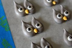 Cute Owl cookies tutorial....by Sugarbelle