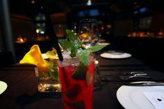 Cocktail des Monats - Campari Heart ♡ www.h-e-a-r-t.me #cocktail #mixology #drink #trinken #refreshing #herbst #autumn #munich #muenchen #restaurant #bar #germany #deutschland #bayern #deco #interiordesign #decoideas #tablesetting