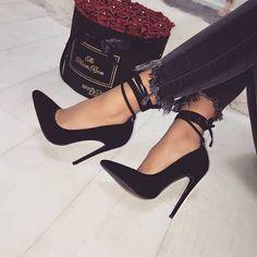 Women's Black Stiletto Heels Ankle Strap Heels Pumps image 1 Damen, Schwarze Stöckelschuhe, Knöchelriemen, Pumps image 1 This image has. Black Stiletto Heels, Black Stilettos, Black High Heels, High Heels For Prom, Woman Shoes High Heels, Gold Heels, Lace Up Heels, Prom Shoes, Women's Shoes