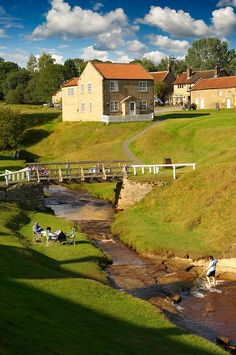 Traditional stone houses of Hutton Le Hole, North Yorks Moors National Park, Yorkshire, England - always one of my favourite places Yorkshire England, Yorkshire Dales, North Yorkshire, British Countryside, England And Scotland, British Isles, Wonders Of The World, Places To See, United Kingdom