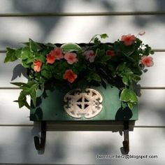 You've got mail!!!, vintage mailbox used as a planter