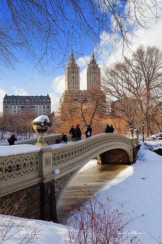 Snow in Bow Bridge, Central Park, NYC