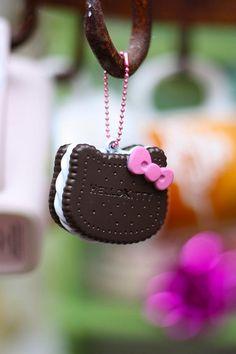 Hello Kitty Plastic Oreo Cookie by kbo, via Flickr