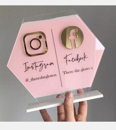 Hexagon Personalised Social Media Sign ------------------------------------------- SIZE 200X180mm -made from clear acrylic - with a white acrylic base ------------------------------------------- COLOURS Social Media Icons? - Gold Mirror - Silver Mirror - Rose Gold Mirror - White Gloss - Home Nail Salon, Nail Salon Design, Nail Salon Decor, Salon Interior Design, Beauty Room Decor, Beauty Salon Decor, Esthetics Room, Salon Signs, Lash Room