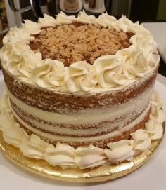 Caramel apple praline spice cake with caramel buttercream icing ...