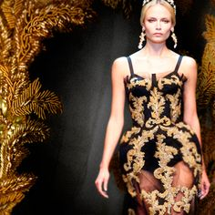 baroque inspired modern clothing | ... modern consumer, embroidery has become an increasinglyimportant aspect