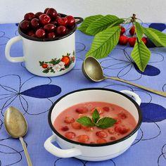Cseresznyekrémleves Recept képpel - Mindmegette.hu - Receptek - Befőzés Panna Cotta, Ethnic Recipes, Desserts, Food, Tailgate Desserts, Dulce De Leche, Deserts, Essen, Postres