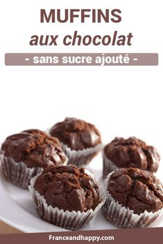 Chocolate muffin without added sugar: recipe Croq & # kilos! Chocolate Biscuits, Chocolate Muffins, Chocolate Recipes, Vegetarian Recipes Dinner, Healthy Dessert Recipes, Cake Recipes, Diet Recipes, Healthy Food, Desserts To Make