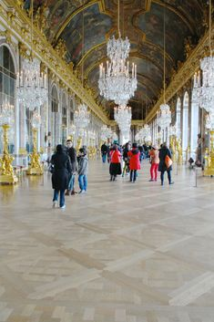 Sala degli specchi Versailles, Versailles, Marie Antoniette, Sofia Coppola, Dior secret garden rihanna, maria antonietta frasi, fashion inspirations, breaking news, fashion news, theladycracy.it, elisa bellino