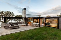Outdoor Rooms: LOCARNO outdoor room system // New Zealand archite...