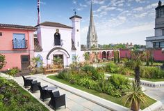 Showpiece: The Spanish Garden at Kensington Roof Gardens, London Spanish Garden, Holland Park, Your Neighbors, Rooftop Bar, How To Look Pretty, The Great Outdoors, Bloom, Mansions, House Styles