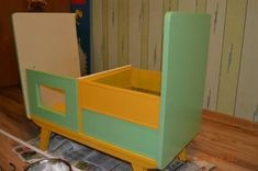 Creative Ideas - DIY Repurpose an Old Nightstand into a Play Kitchen Life Hacks, Recycling, Old Furniture, Toy Chest, Storage Chest, Nightstand, Repurposed, Diy Projects, Cabinet