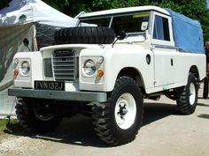 Nice in white Land Rover Pick Up, Land Rover 88, Land Rover Series 3, Land Rover Defender 110, Defender 90, Landrover Defender, Vintage Jeep, Vintage Trucks, Adventure Car