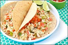 Who would guess a plate of chicken tacos could be so fattening? For shame, Ruby Tuesday! Luckily, we've made over your Baja Chicken Tacos with delicious flavor results AND a low calorie count. Ww Recipes, Skinny Recipes, Low Calorie Recipes, Mexican Food Recipes, Chicken Recipes, Cooking Recipes, Healthy Recipes, Ethnic Recipes, Healthy Tacos