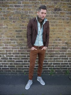 Thanks for the photos John, you look great!  http://myedo.co.uk/mens/blazers/neill-katter-maroon-tweed-blazer