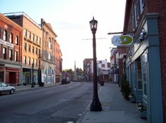 Bank Street New London Connecticut