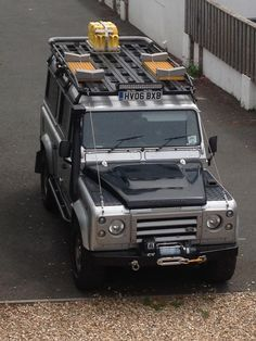 2006 LAND ROVER DEFENDER 110 for sale, £16,995 | http://www.lro.com/detail/cars/4x4s/land-rover/defender-110/68082