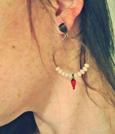 Brinco argola com pimentinha, tá a própria graça ;) #Acessórios #love #girl #petit #Bijouxlovers #moda
