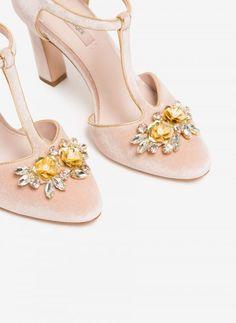 Sapatos de noiva: são estes, se faz favor!