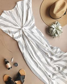 Tied Up Cotton Bali Dress in Ivory