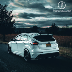 Focus Rs, Ford Focus, Car Stuff, Dream Cars, Saints, Racing, Inspired, Cars, Autos