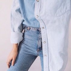 Grafika przez We Heart It #clothes #denim #fashion #girl #jeans #shirt #woman #woman.fashion