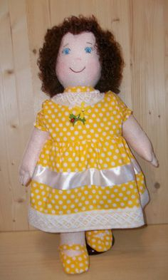 Large Cloth Doll pattern, PDF Sewing Tutorial, Soft Doll Pattern Emily Height 64cm. Rossella Usai