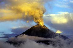 volcanoes | IRD / Michel Monzier Le Tungurahua en activité modérée d'émission ...