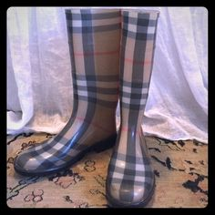 Burberry Rainboots Have only been worn a few times, so they are in great condition!! Burberry Shoes Winter & Rain Boots