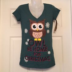 Owl be home for Christmas T-shirt  NWT. One red spot and a little diff color on the eyes as seen in pic 2, other than that.. great condition! LOL Vintage  Tops