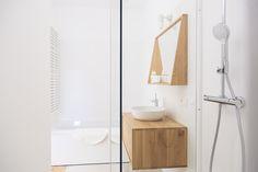 Bath room B&B Summertime (Koksijde, Belgium)