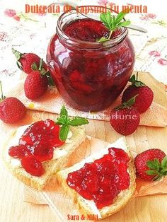 Strawberry jam with mint. I am a sucker for strawberry jam! Salsa Dulce, Jam And Jelly, Strawberry Jam, Strawberry Recipes, Canning Recipes, Fun Desserts, Afternoon Tea, Sweet Recipes, Jam Recipes