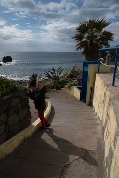 Prainhas Beach Madeira & Taking Kids To The Little Sandy Cove - Journey of a Nomadic Family
