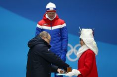 Prince Albert II Photos - Gold medalist Johannes Thingnes Boe of Norway is presented his medal by Prince Albert II of Monaco during the Medal Ceremony for Biathlon - Men's 20km Individual on day seven of the PyeongChang 2018 Winter Olympic Games at Medal Plaza on February 16, 2018 in Pyeongchang-gun, South Korea. - Medal Ceremony - Winter Olympics Day 7 Prins Albert, 2018 Winter Olympic Games, Pyeongchang 2018 Winter Olympics, Photo Gold, South Korea, Monaco, Norway, Gun, February