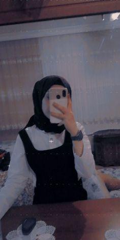 Cute Baby Boy Images, Cute Baby Videos, Cute Baby Animals, Hijabi Girl, Girl Hijab, Cute Girl Pic, Cute Girls, Iphone Wallpaper Grunge, Girls Dp