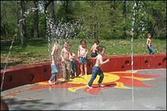 Free Spraygrounds in the DC metro - playgrounds for your little ones on hot days when you want to get sprayed. via @BeltwayBargain
