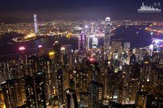 Вечернее мерцание города.  http://www.ritc.com.hk/