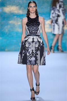 Sfilata Monique Lhuillier New York - Collezioni Primavera Estate 2013 - Vogue