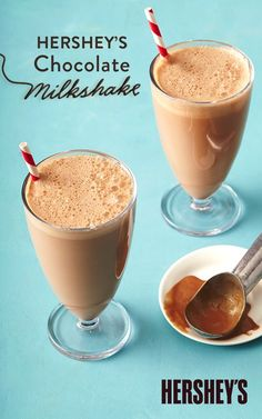 HERSHEY& Chocolate Milkshake is a classic recipe that never goes out of style. This treat is not only quick and easy, but it& made with HERSHEY& Chocolate Syrup and your choice of ice cream. You& only a few steps away from the perfect summer shake! Smoothies, Smoothie Drinks, Smoothie Recipes, Chocolate Shake, Chocolate Syrup, Hershey Chocolate Milkshake Recipe, Homemade Milkshake, Chocolate Ice Cream Shake Recipe, Gourmet