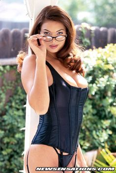 Pornstar Tera Patrick wearing glasses and black stockings. Secretary Outfits, Sales Girl, Tera Patrick, Gorgeous Blonde, Wearing Glasses, Black Stockings, Hot Brunette, Girls Show, Bollywood Fashion