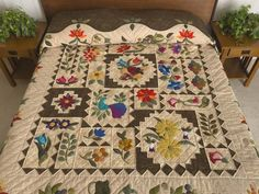 New Wine Quilt -- splendid adeptly made Amish Quilts from Lancaster (hs6342)