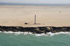 The impressive coast of Dakhla | Western Sahara (by Ahmed Salem)