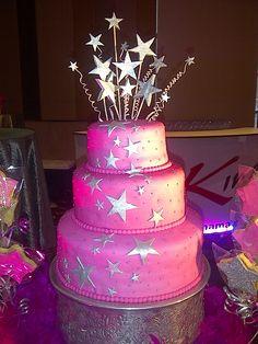 Cake con diseño de Estrellas Plateadas