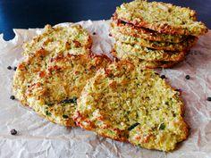 Cuketové placičky pečené v troubě Broccoli, Spinach, Vegetable Recipes, Veggie Meals, Avocado Toast, Quiche, Cauliflower, Zucchini, Pumpkin