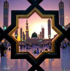 Masjid Al-Nabawi, Medina Munawarah Islamic Images, Islamic Pictures, Islamic Art, Islamic Videos, Islamic Quotes, Masjid Haram, Al Masjid An Nabawi, Star Wars Darth Vader, Mecca Kaaba