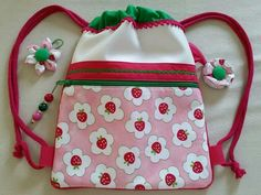 Bolsa niña Projects To Try, Lunch Box, Bags, Log Projects, Sewing Tutorials, Sewing Projects, Key Chains, Totes, Coin Purses