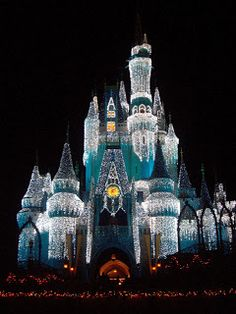Holidays at Walt Disney World | Ideally Disney