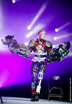 Vi - League of Legends Vi Cosplay, Cosplay Armor, Best Cosplay, Cosplay Costumes, Awesome Cosplay, Anime Cosplay, Cosplay Ideas, Costume Ideas, Vi League Of Legends